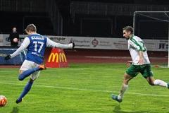 Emil Niklasson i matchen mot Prespa Birlik på Rimnersvallen. FOTO: Susann Sannefjäll