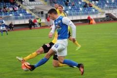 Daniel Krezic med inlägg i segermatchen mot Mjällby på Rimnersvallen. FOTO: Susann Sannefjäll